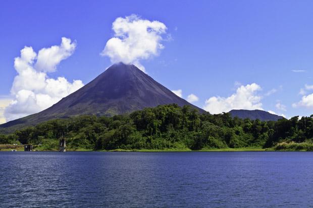 Vulkan og Sø - Costa Rica